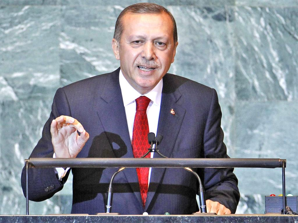 Mr Erdogan was rushing into the General Assembly hall to hear the Palestinian President's statehood appeal