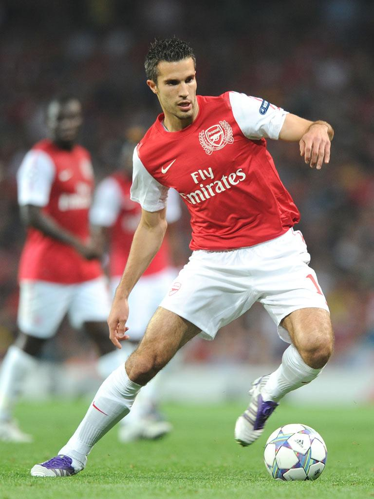 City want Robin van Persie to join their other recruits from Arsenal, Samir Nasri, Kolo Touré and Gaël Clichy