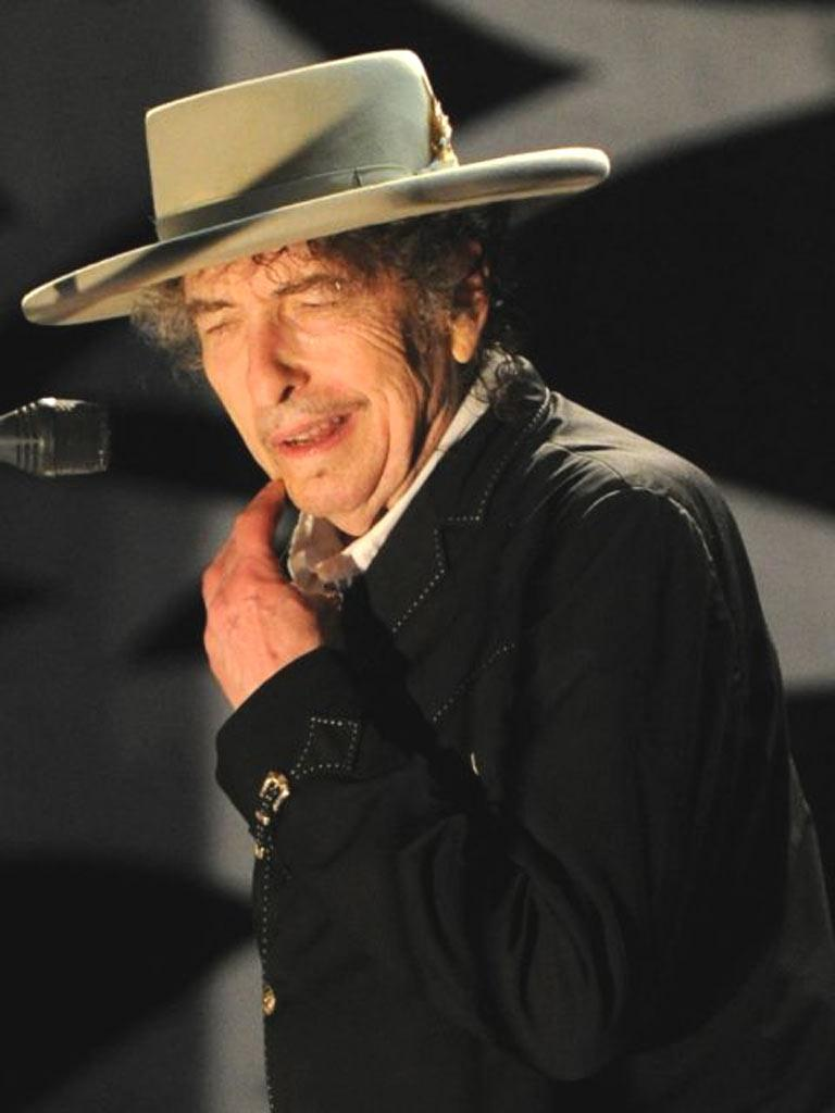 It has emerged that more than half of the 18 oil paintings in Bob Dylan's art exhibition were direct copies