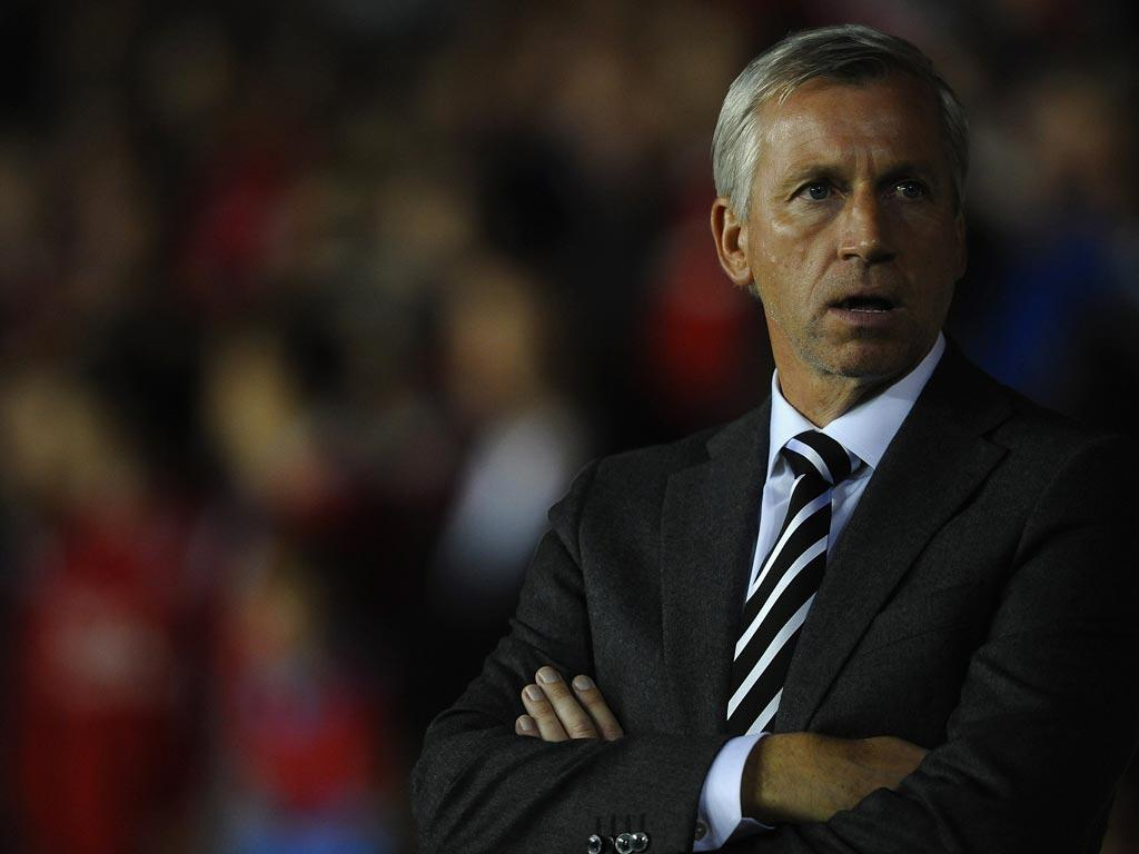 Pardew insists Mike Ashley will back him in the transfer market
