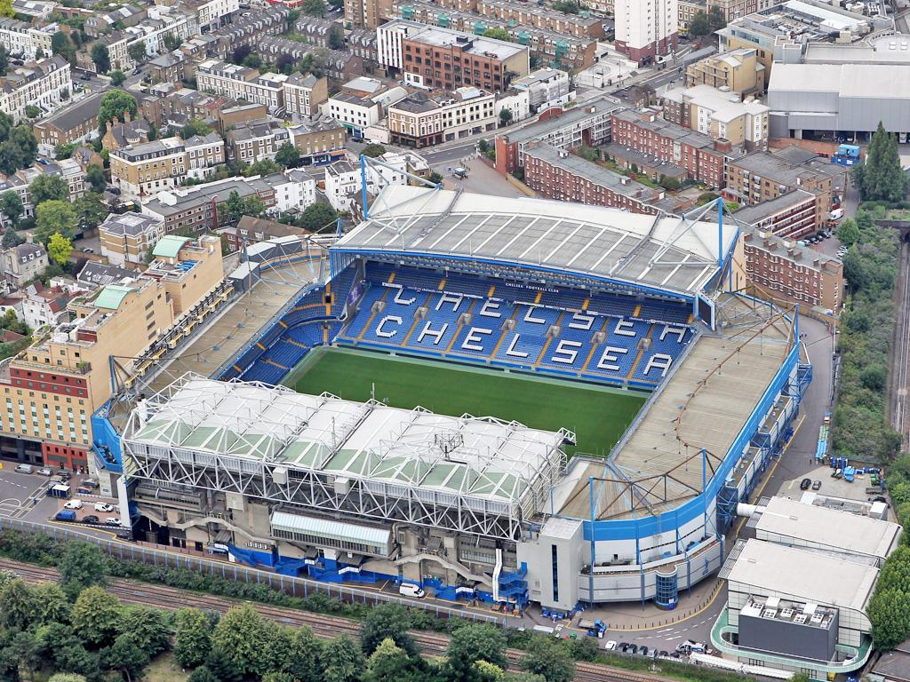 Chesea say any potential move will be dependent upon them buying the freehold for Stamford Bridge