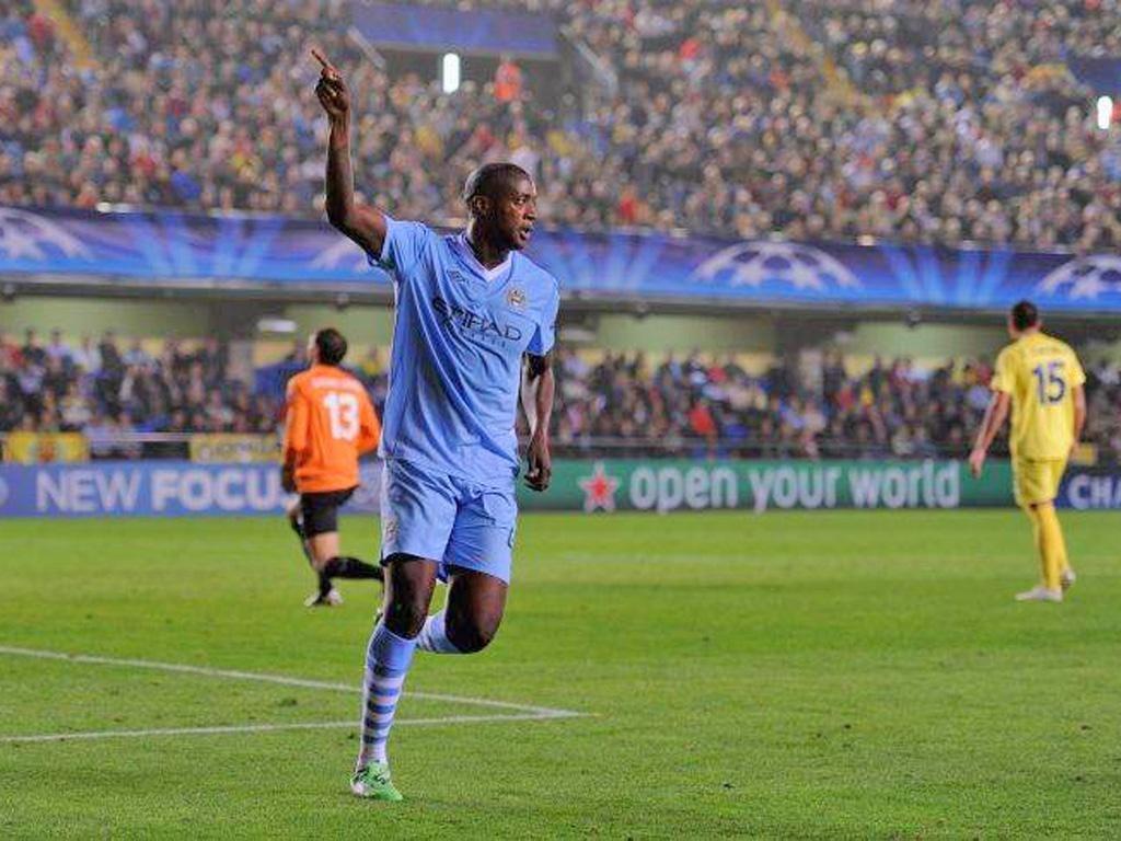 Yaya Toure celebrates his second goal of the night