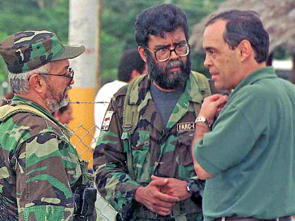 Alfonso Cano (middle), the former leader of Farc