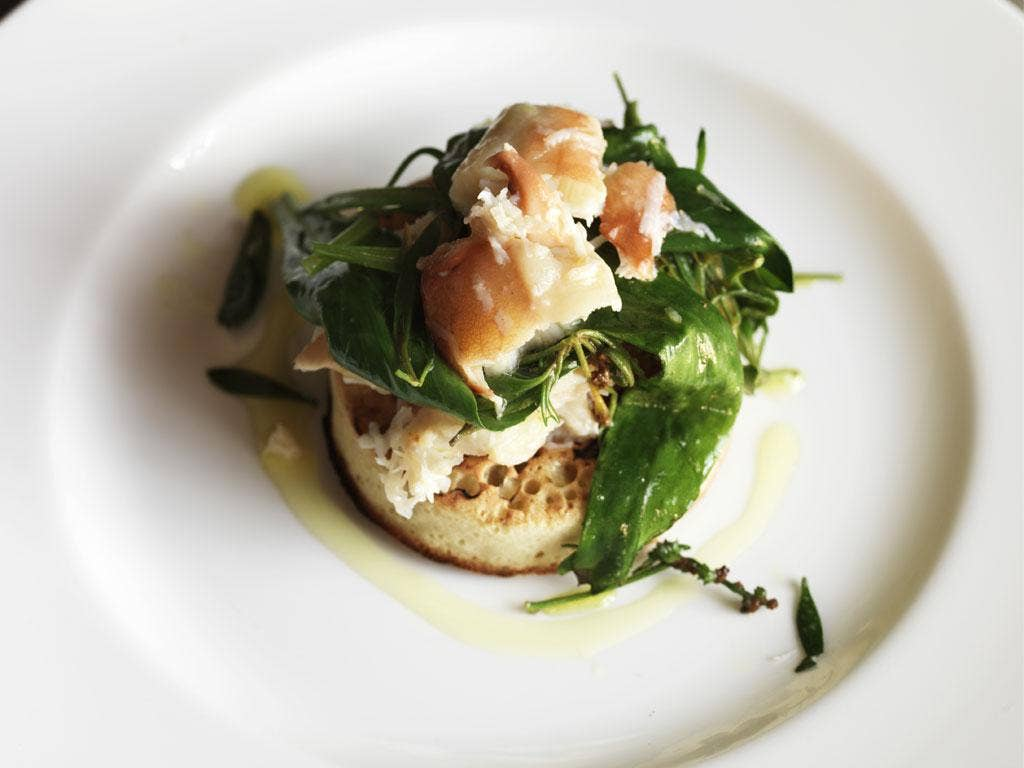 Crab and sea vegetable crumpets