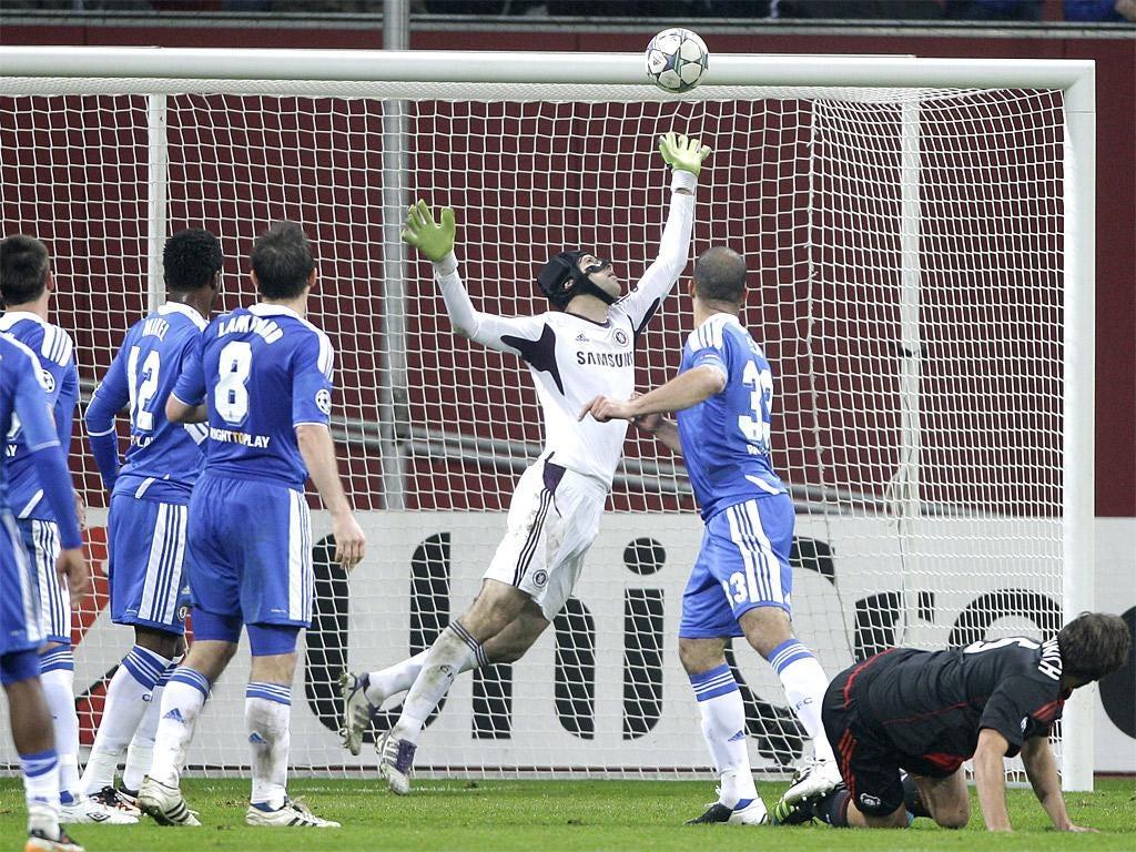 Manuel Friedrich's header beats Petr Cech