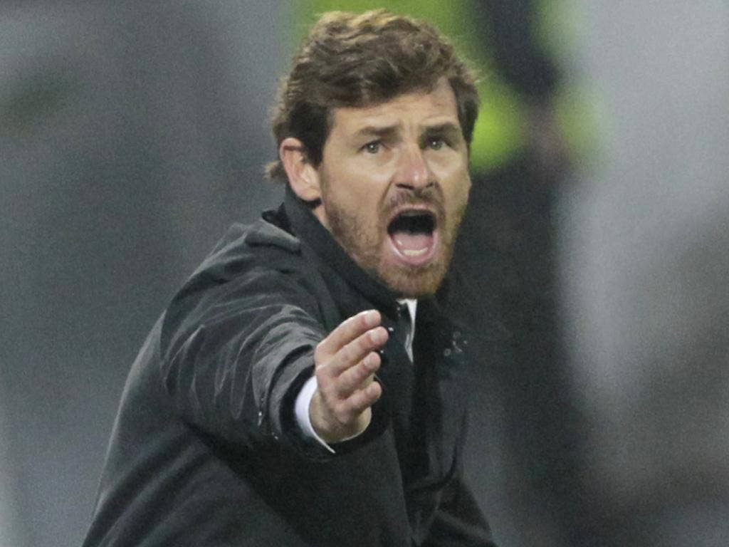 Chelsea manager Villas-Boas insists there is no role at Stamford Bridge for Guus Hiddink