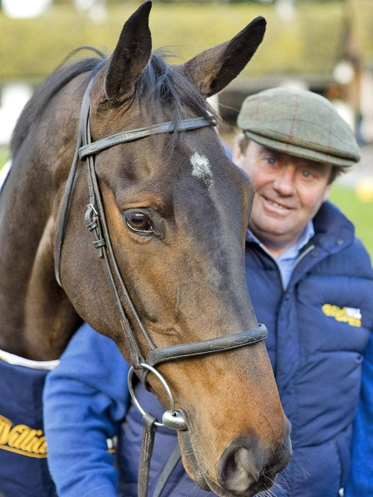 Nicky Henderson holds Long Run at Seven Barrows yesterday
