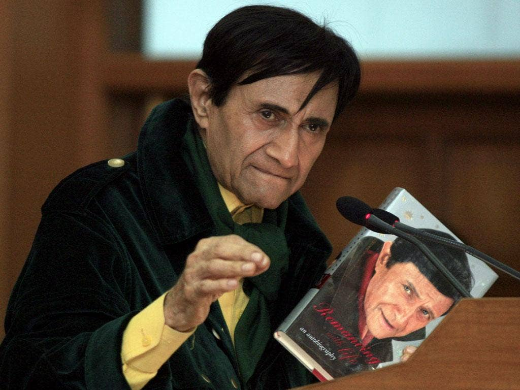 Dev Anand has died of a heart attack