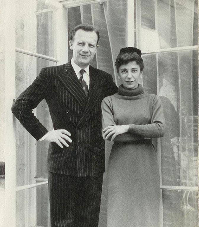 Maro and her husband, the sculptor Jonah Jones, at the turn of the 1960s