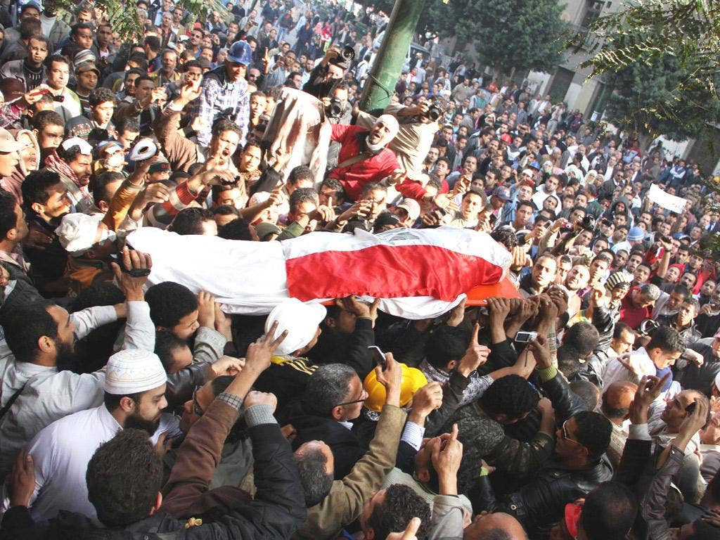 Another protester dies during the clashes in Cairo's Tahrir Square