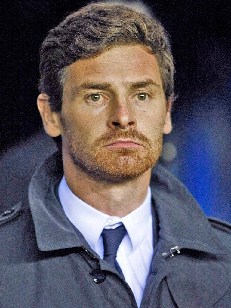 Andre Villas-Boas is standing by his captain