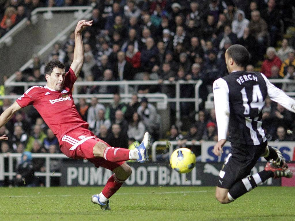 Paul Scharner scores West Bromwich's winner against Newcastle
