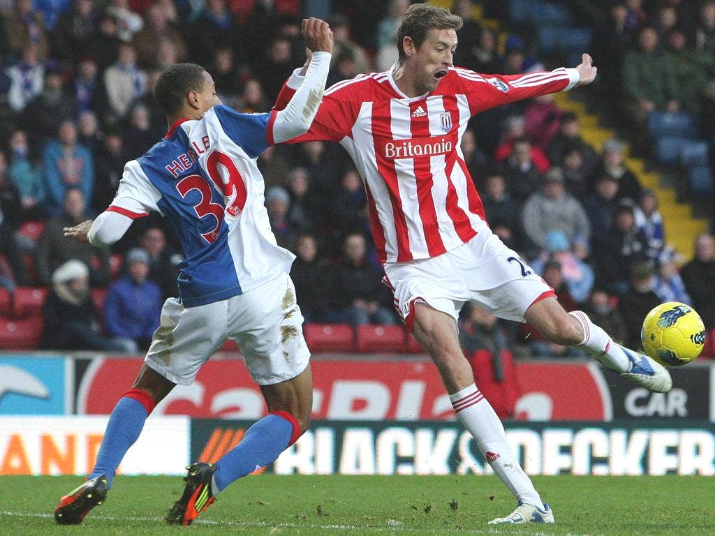 Stoke's Peter Crouch scores his second goal against Blackburn
