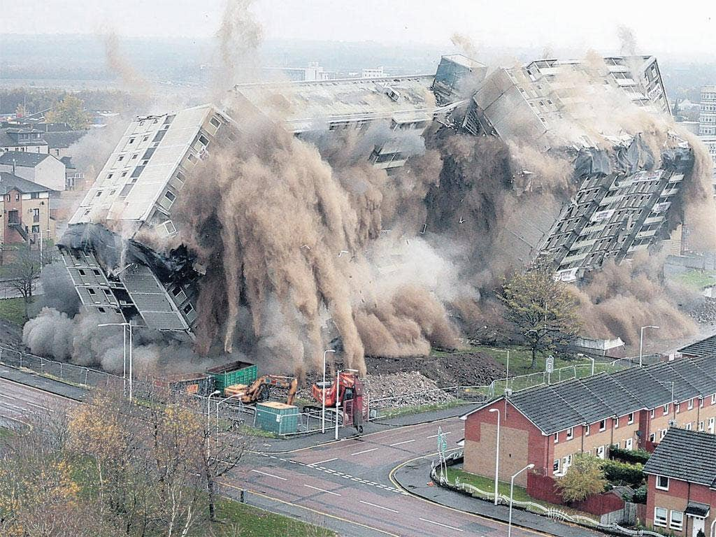 Gone in 60 seconds: The last moments of Glencairn Tower in Motherwell, Scotland