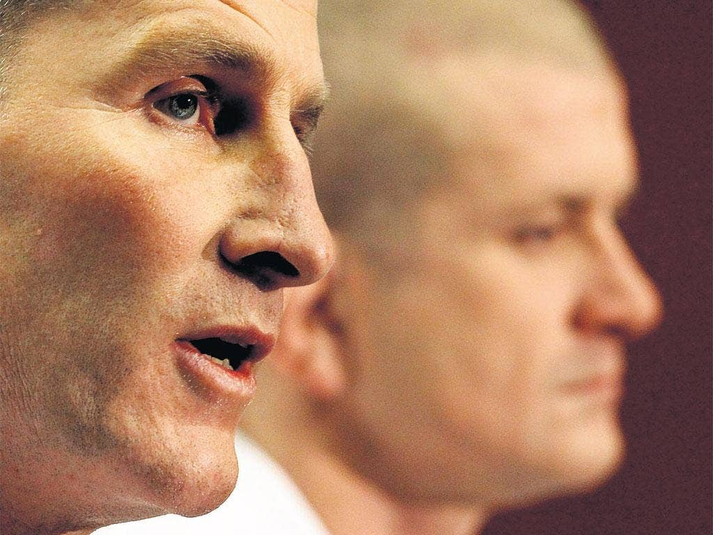 Stuart Lancaster (left) and Graham Rowntree face the media