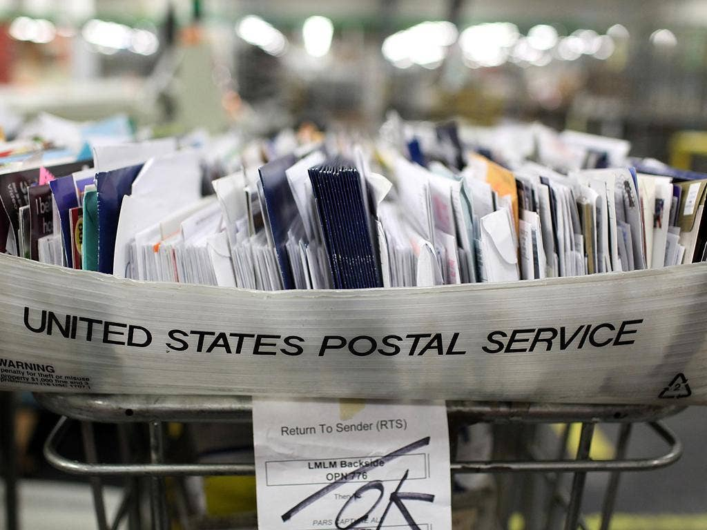 The decline in letter writing and a rise in online bill payments have produced a 20 per cent fall in business for the US mail