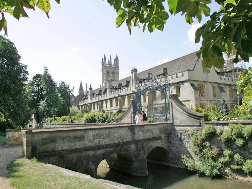 After withdrawing her application to Magdalen College Elly Nowell told the university not to try to 'reapply'