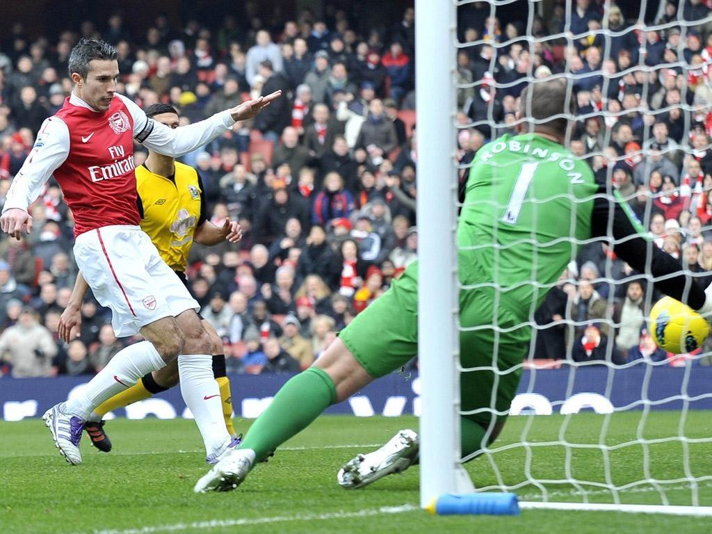 Robin Van Persie scores Arsenal's opening goal of the game against Blackburn