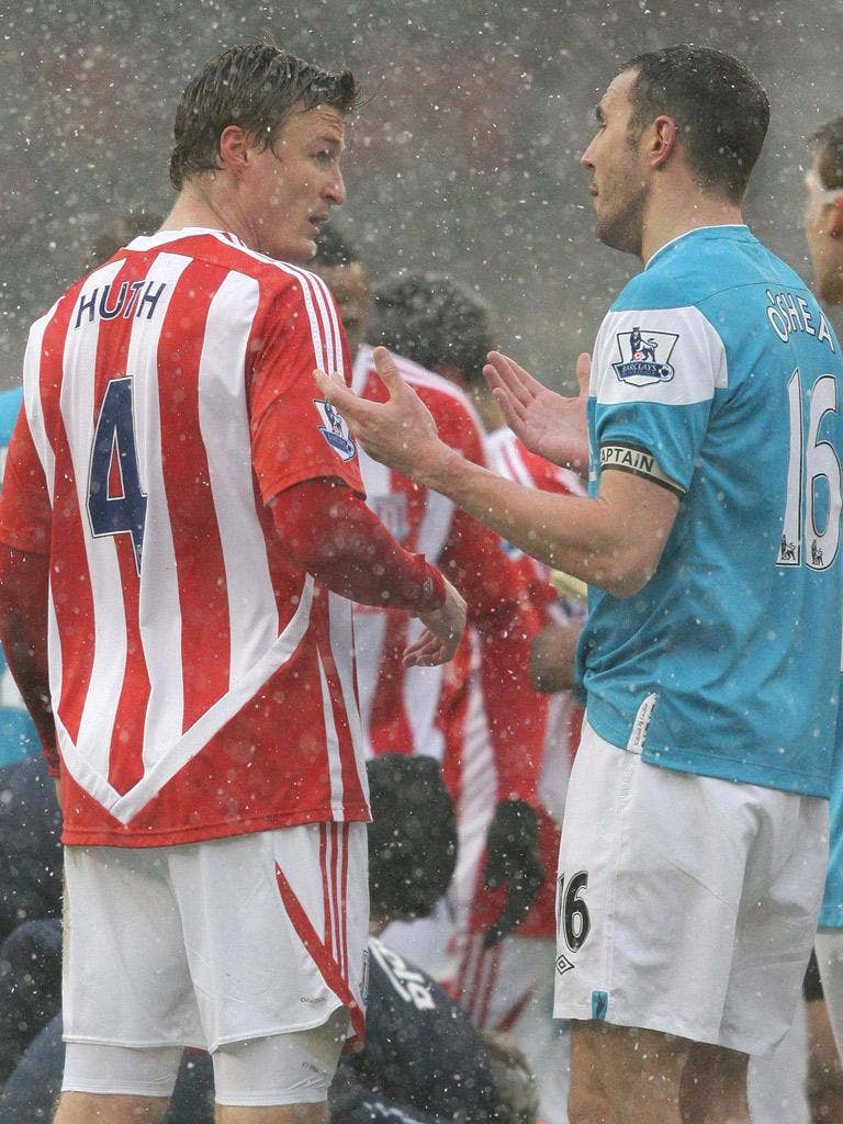 Robert Huth and John O'Shea discuss the Stoke man's red card