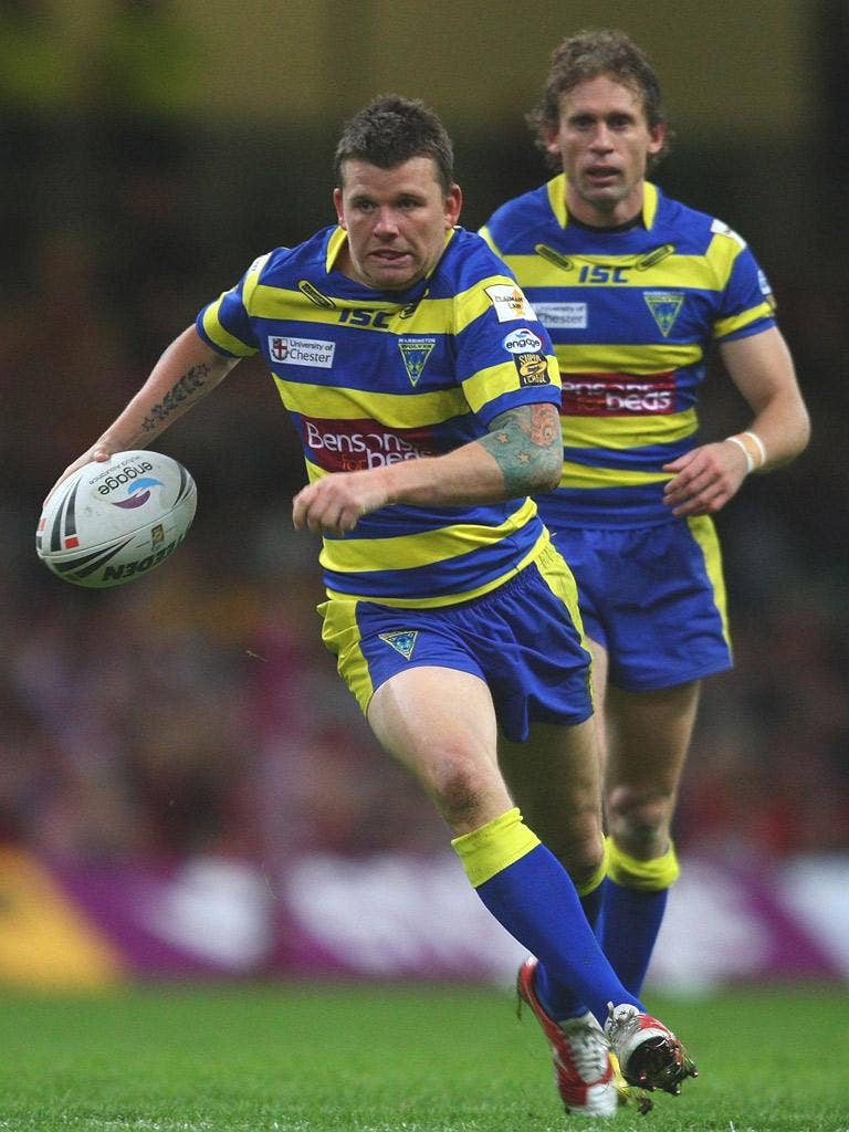 Lee Briers helped himself to two late tries in Warrington's win