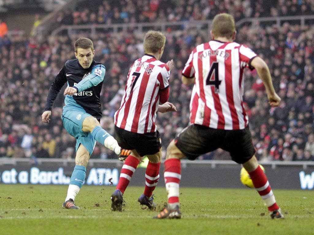 Aaron Ramsey strikes an equaliser against Sunderland