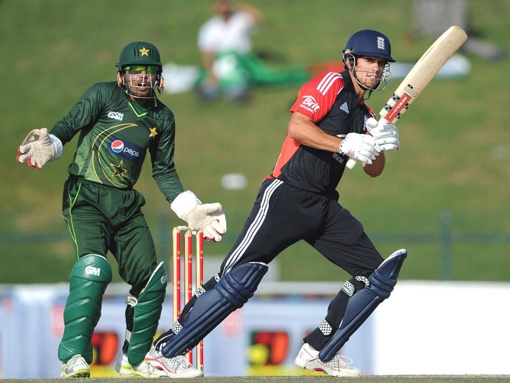 Alastair Cook piles on the runs against Pakistan