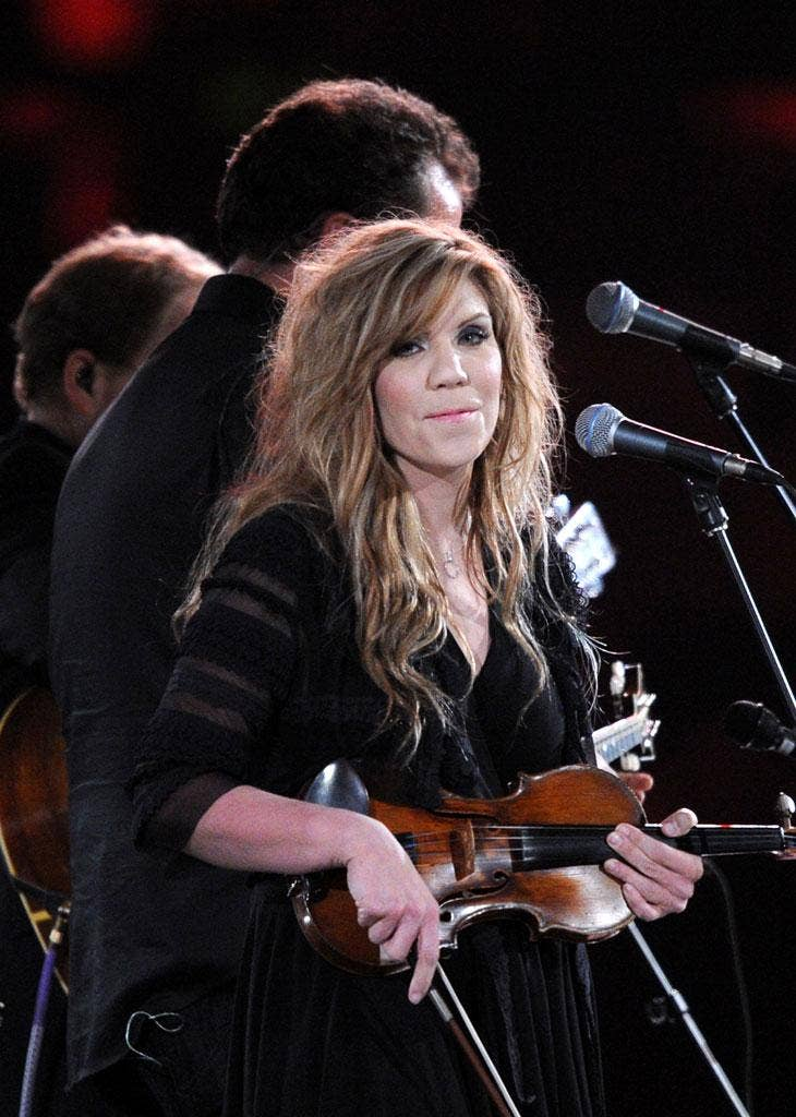 To mark the show's 500th episode, Alison Krauss has turned her attention to a reworking of 'The Simpsons' familiar theme tune