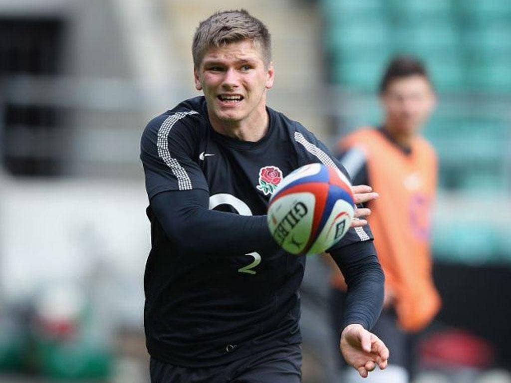 Owen Farrell, England's only kicker today, gets used to the Twickenham conditions yesterday