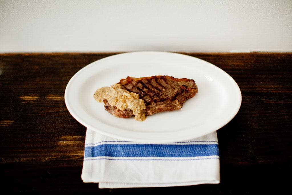 Minute steak with shallot and mustard sauce
