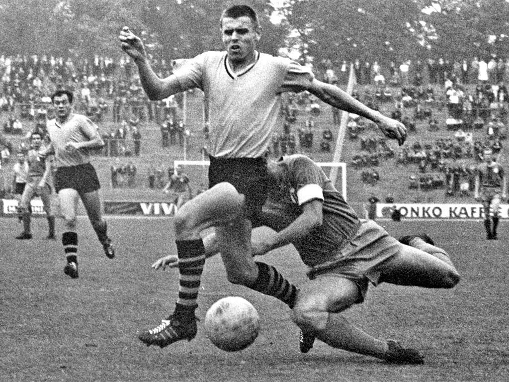 Konietzka playing for Borussia Dortmund  in 1963