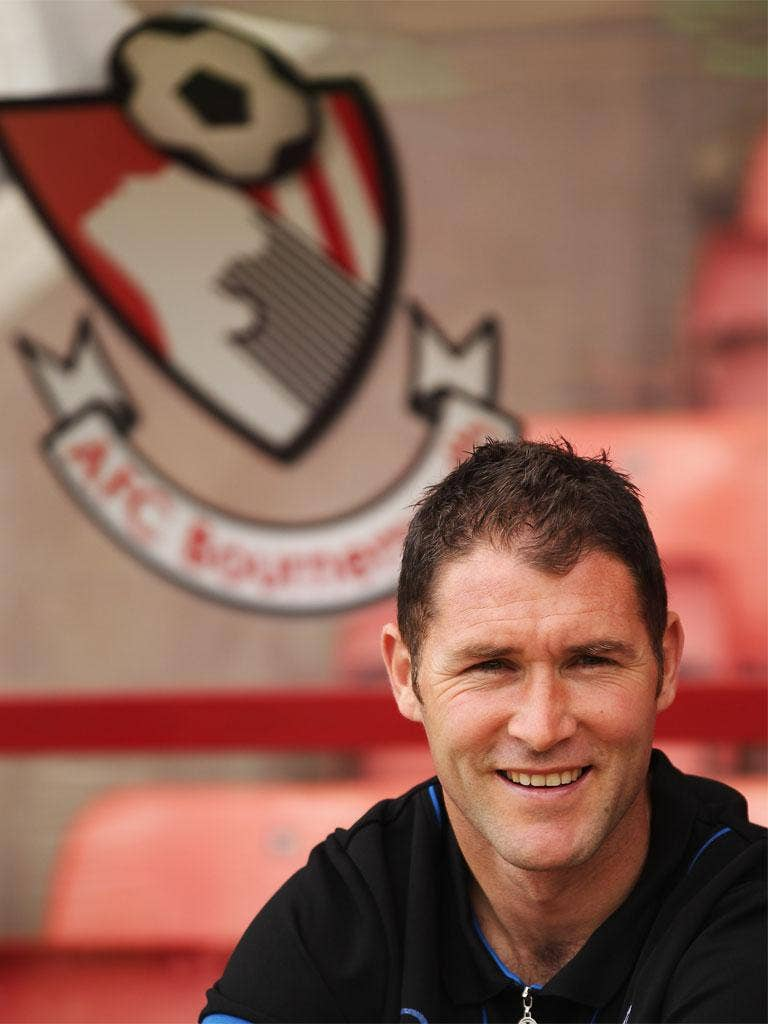 Bournemouth manager Lee Bradbury's relations with his local newspaper have soured