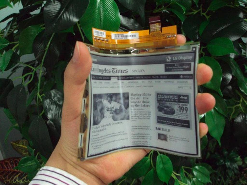 LG has announced a new plastic, flexible, e-ink display