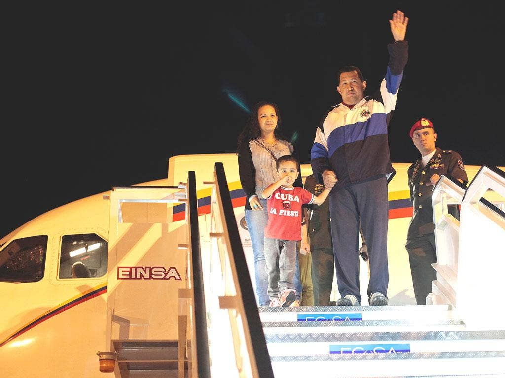 Chavez arrives to Havana for radiotherapy