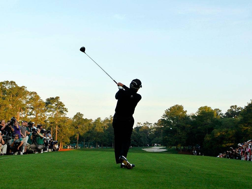 Gary Player tees off at Augusta