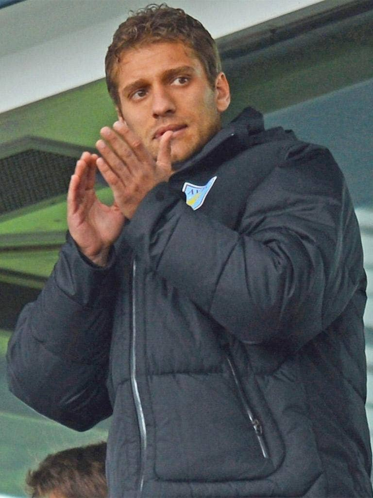 'Shows of support' for Stiliyan Petrov can help, says Sir Ian Botham