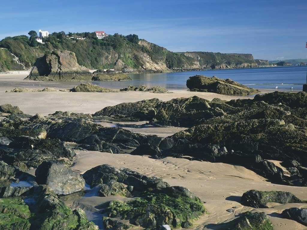 Visitors will return year after year to <b>Tenby</b> in Wales thanks to its miles of sandy beaches and charming heritage: it is a historic walled town built in the 13th century. Divided into the North and South beach areas, there is something for everyone