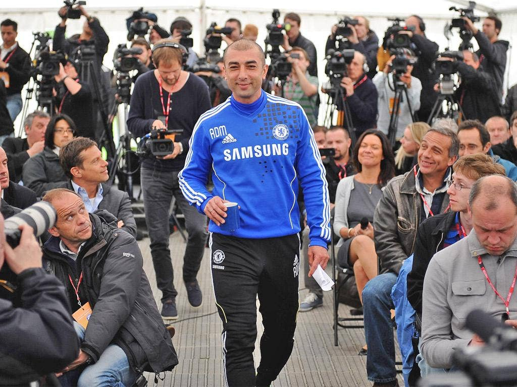 Roberto Di Matteo's options are limited for the Munich final
