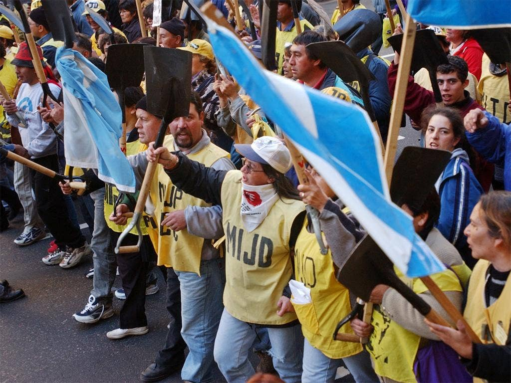 Unemployed Argentinians protest at its economic collapse in 2001