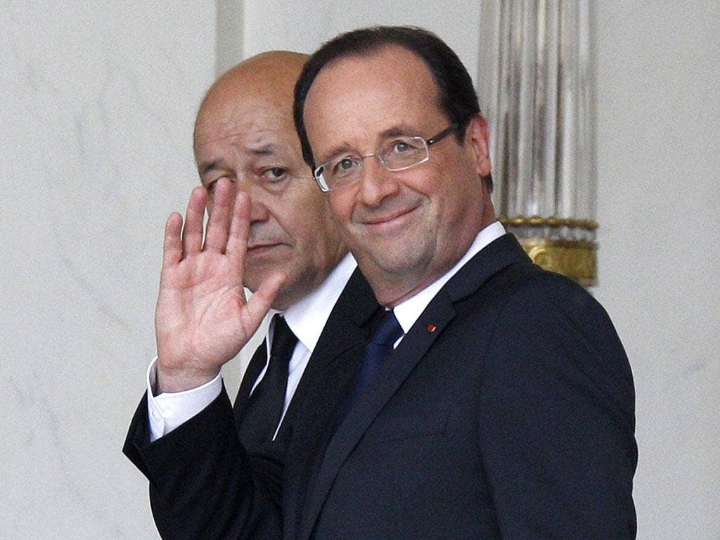 The bond market moved little in reaction to Hollande's presidency
