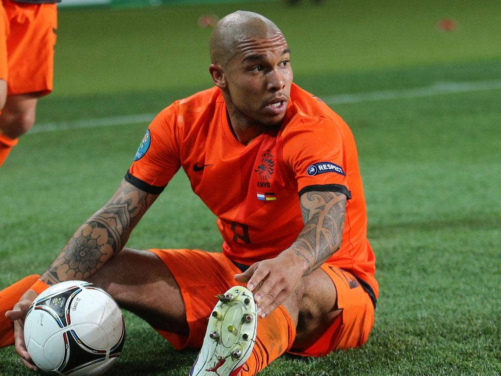 <b>Nigel De Jong: </b> Sat deep in the Dutch midfield but did not apply the kind of pressure to Schweinsteiger and Khedira to stop them moving the ball around effectively. 6