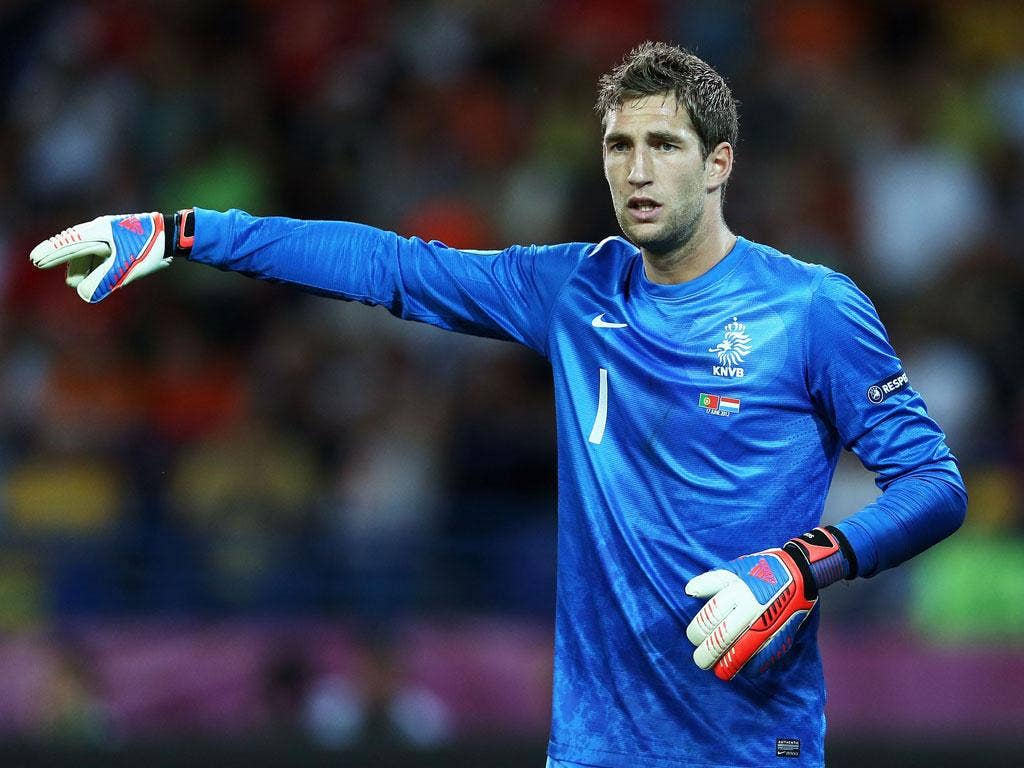 <b> Maarten Stekelenburg : </b> Unfortunate to be on the losing side. The Dutch keeper kept his side in it at times with some good saves. Little he could do about either of Ronaldo's goals. 8<br/>