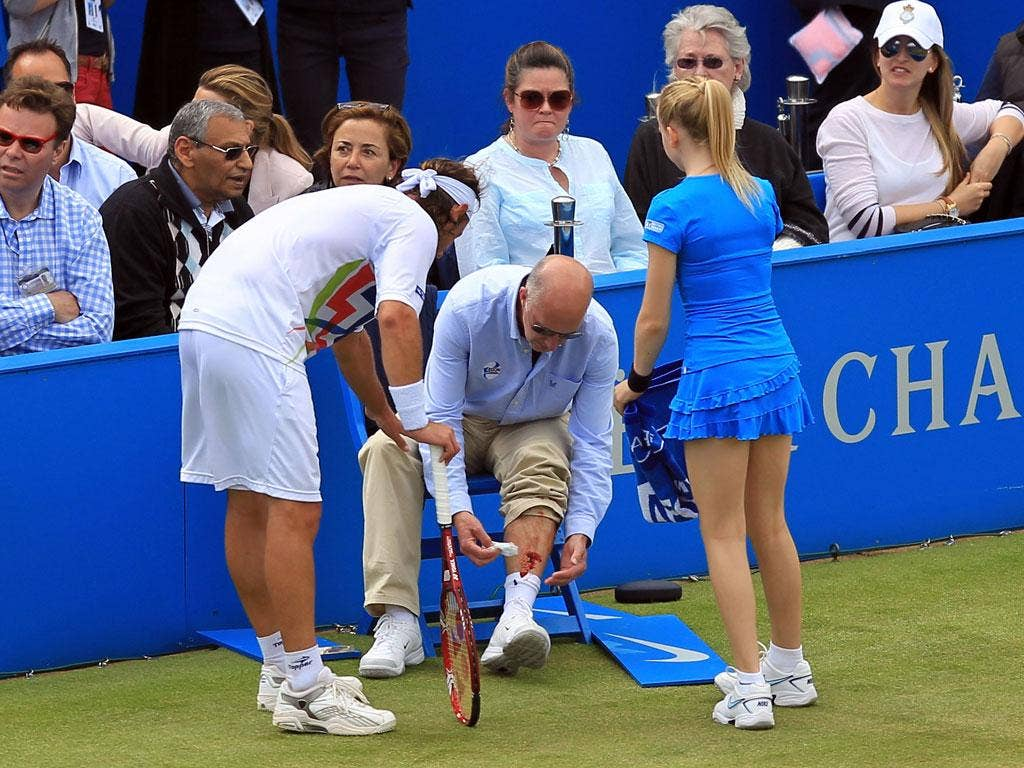 <b>David Nalbandian</b><br/> Playing in the final of the Aegon Championships at Queen's, Nalbandian kicked out at an advertising panel and in the process injured a line judge. With blood pouring from Andrew McDougall's leg, it dawned on the Argentinean wh