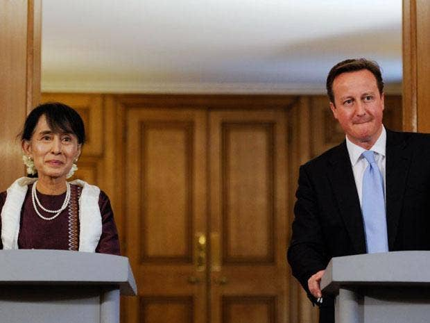 Aung San Suu Kyi at a press conference with David Cameron today