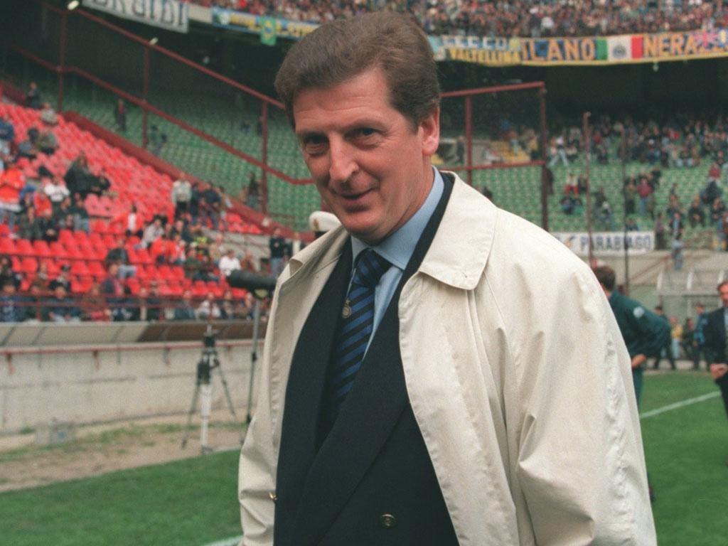 Roy Hodgson wears his Internazionale tie at San Siro in 1995