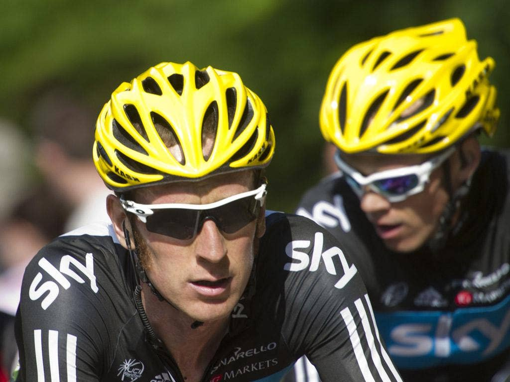 Wiggins, left, and stage winner Christopher Froome