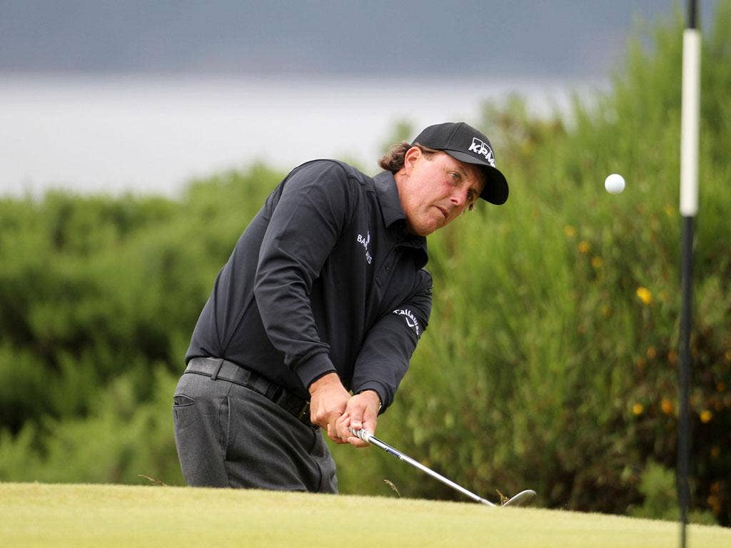 Phil Mickelson en route to securing a 64 at the Scottish Open
