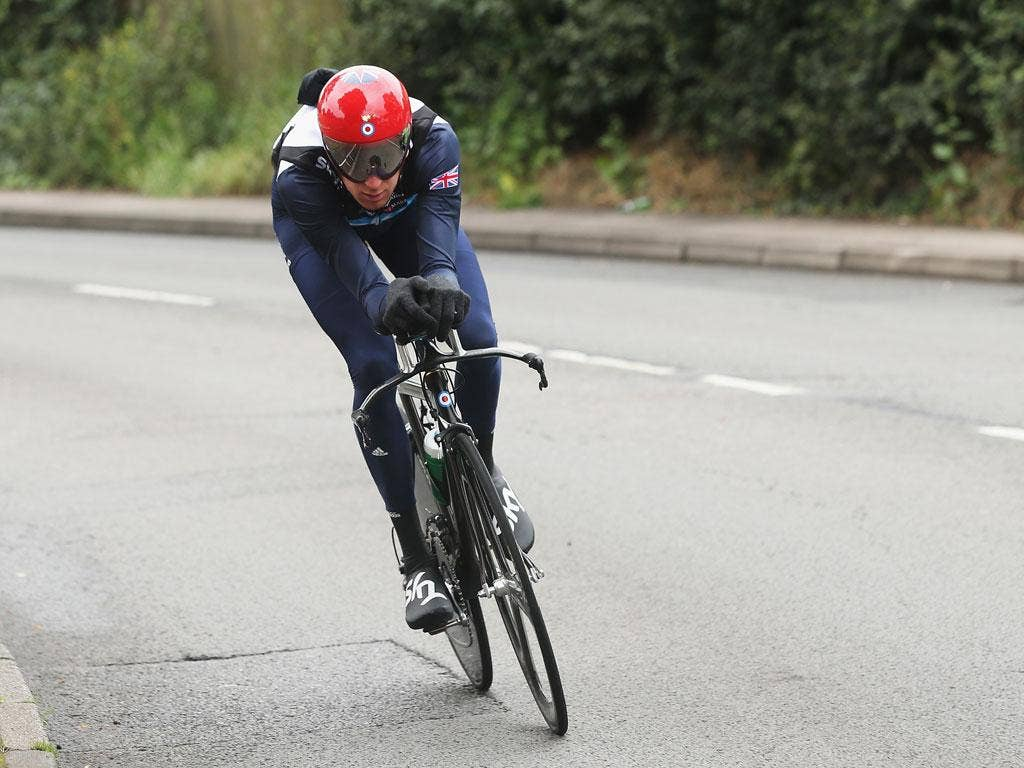 Bradley Wiggins has been asked to race at the Herne Hill velodrome