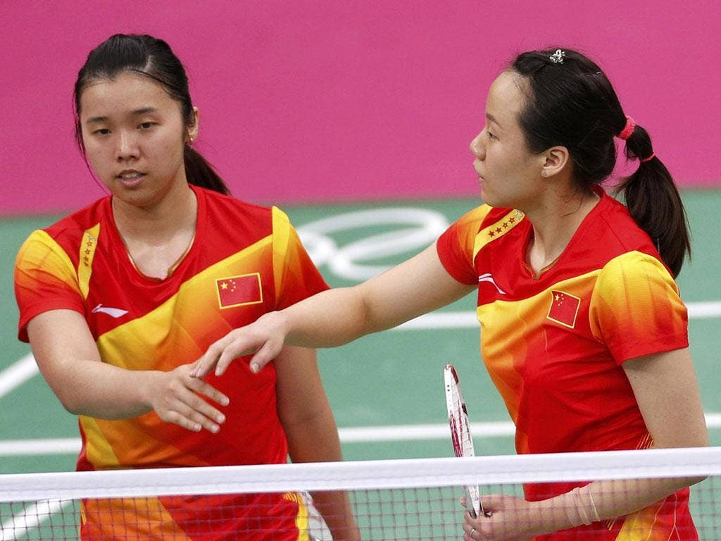 China's Tian Qing and Zhao Yunlei held their nerve and won gold in the women's doubles