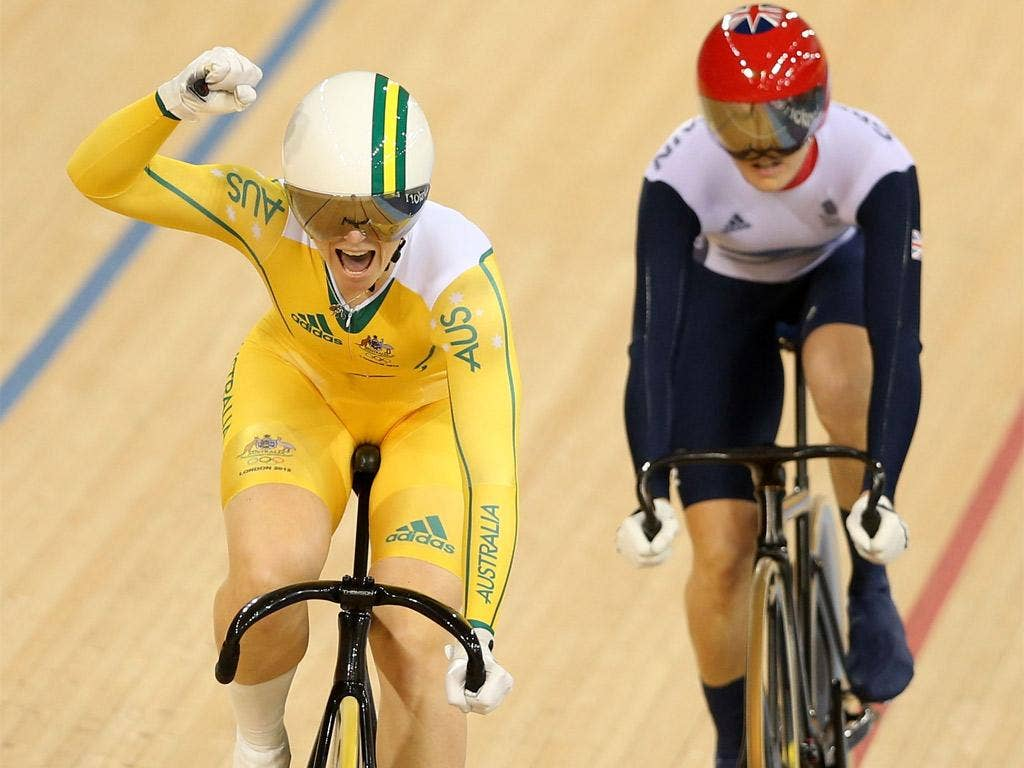 Victoria Pendleton (right) is beaten to the gold medal by Anna Meares