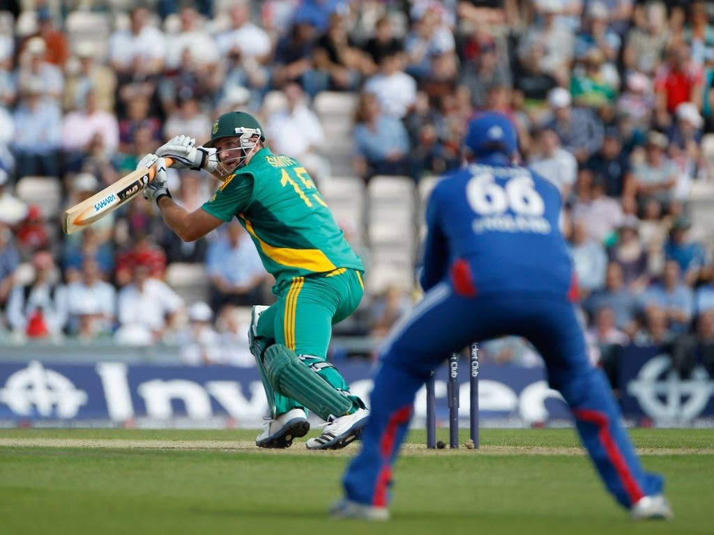 Graeme Smith in action against England